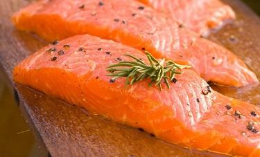 salmón uno de los alimentos para agrandar el pene