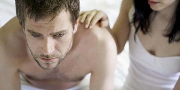 hombre con bajo deseo sexual